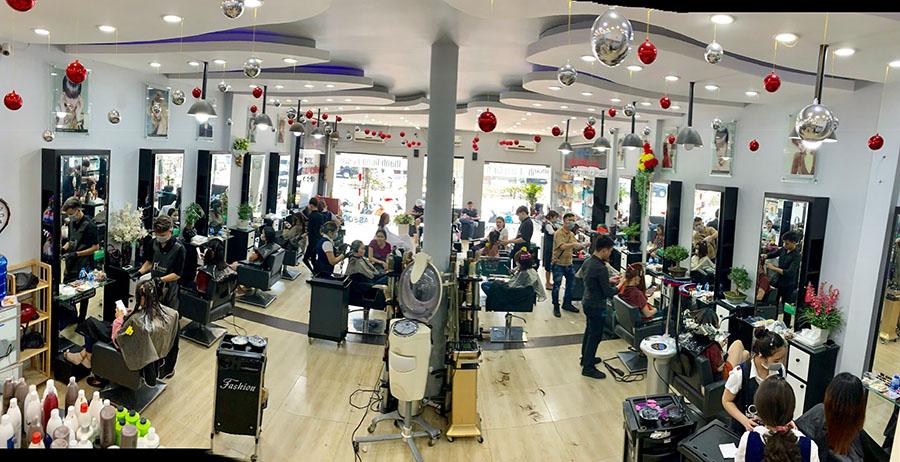 Thay đổi kiểu tóc đẹp tại Khánh Phong Cách Hair Salon